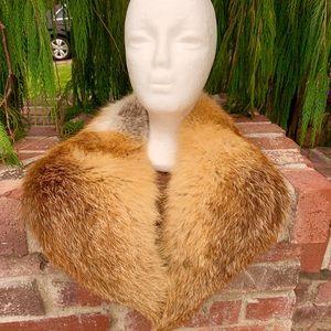 Plush Red Fox Fur Collar Wrap For A Fancy Evening
